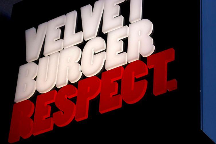 Velvet Burger.