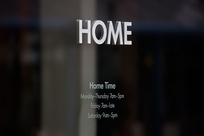 home-cafe-home-time